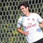 kaka first training milanello (11)