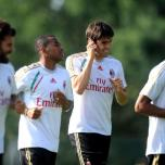 kaka first training milanello (19)