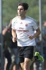 kaka first training milanello (49)